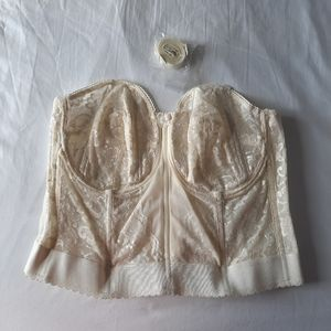 Goddess Plus Size Lace Strapless Bustier Like New